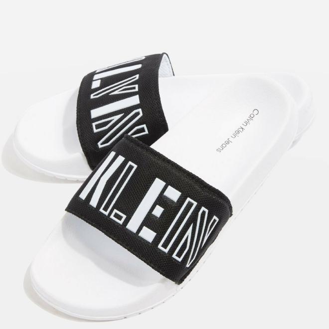 Calvi-Klein-Swimwear-slides-claquette