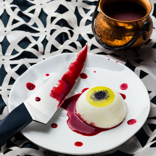 Recette-halloween-facile-dessert-oeil-ensanglanté-panna-cotta