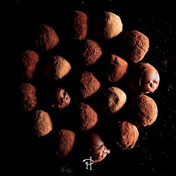 pierre-herme-coffret-truffe-chocolat-cadeaux-noel
