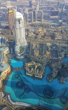 burj-khalifa-at-the-top-vue-panoramique-dubai