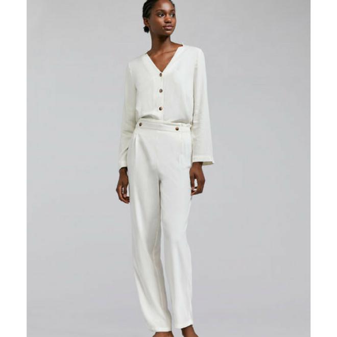 oysho-pyjama-style-blanc.png
