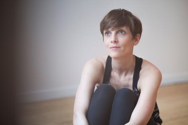 Fanny Douarch yoga prof paris Qee copyright de Anto Hinh-Thai10