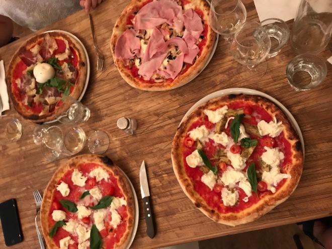 Pizzou pizzeria pigalle paris23