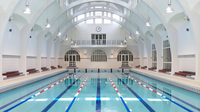 Piscine-Butte-aux-Cailles-Paris-se-baigner-paris-chaud-ete