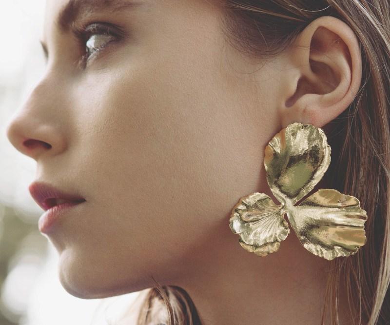 Elise Tsikis boucle oreille bijoux 0