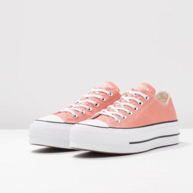 pantone-2019-living-coral-chuck-taylor-all-star-lift-peach-converse