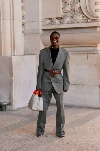paris-fashion-week-street-style-fall-2019-277888-1551379788557-image.750x0c
