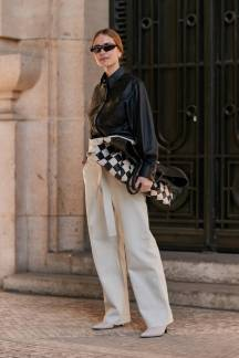 paris-fashion-week-street-style-fall-2019-277888-1551379791074-image.750x0c