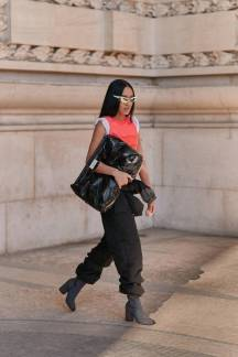 paris-fashion-week-street-style-fall-2019-277888-1551379793070-image.750x0c