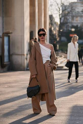 paris-fashion-week-street-style-fall-2019-277888-1551379802280-image.750x0c