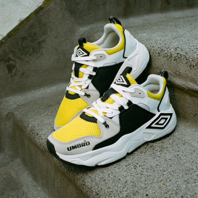 Run-M-White-Yellow-umbro-sneakers.png