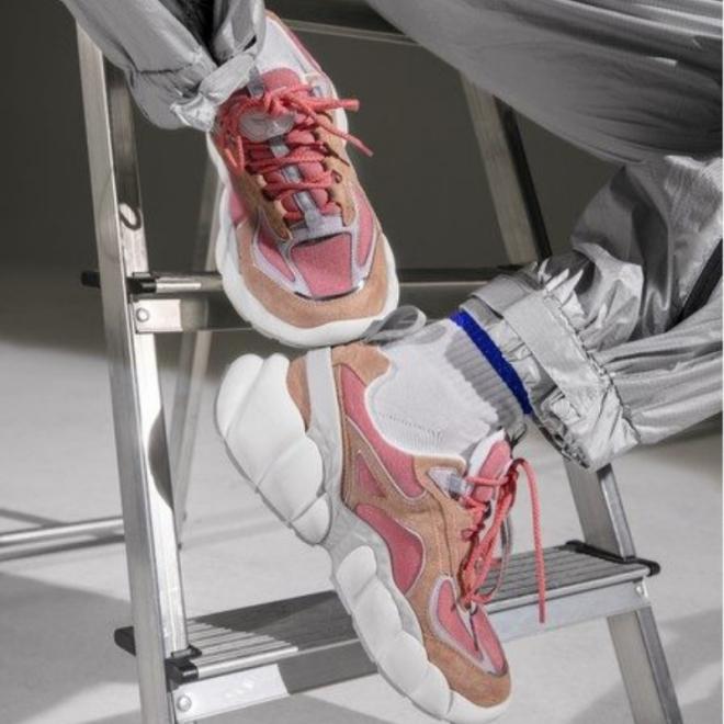 himmel-mcm-sneakers-pink.png