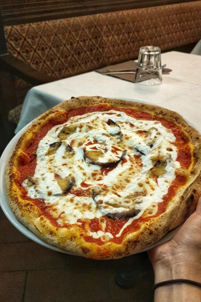 la-focaccia-pizzeria-centre-rome-week-end.jpeg