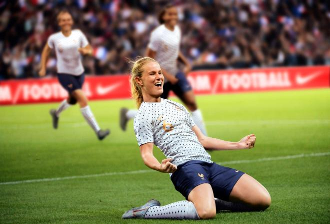 amandine-henry-capitaine-equipe-de-france-football-feminine