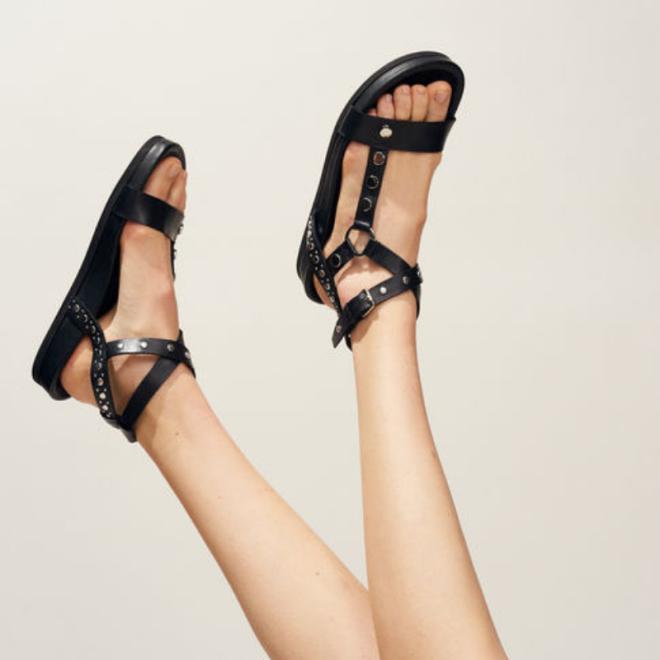 sandales-plates-noir-claudie-pierlot