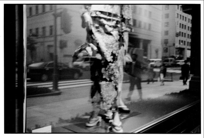 voyage-c3a0-tokyo-c2a9efb88e-chantal-stoman-compagnie-franc3a7aise-orient-chine-photographie-exposition.png