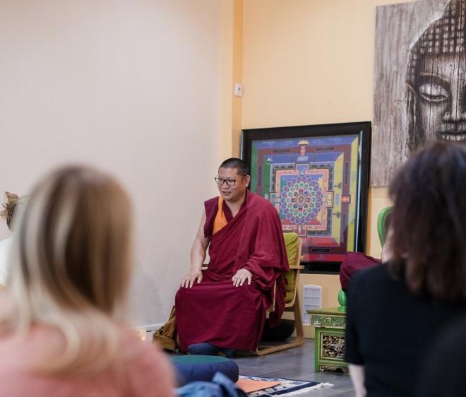 mont-kailash-atelier-meditation-moine tibétain Tenzin Khidup.jpg