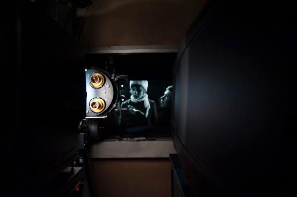 projecteur-cabine.jpg