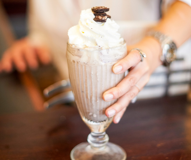 milshake-coffee-parisien-food-american.png