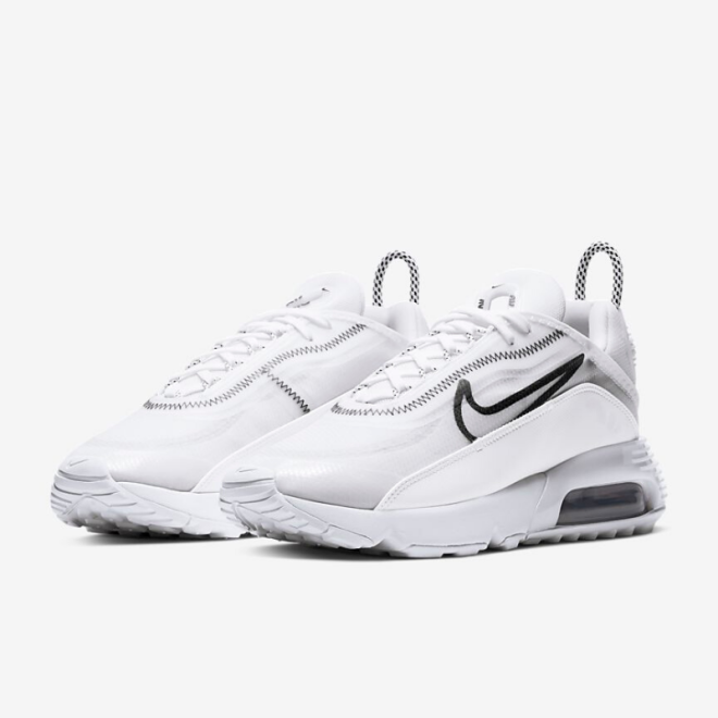 sneakers-blanches-nike-air-max-2090